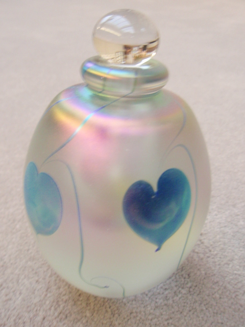 Hearts                     on vine perfume