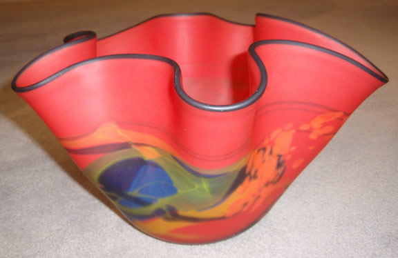 Red wavy matte finish wavy vase